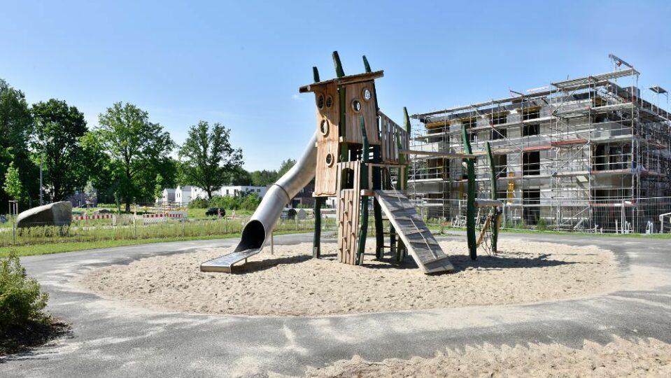 Foto: Spielplatz Fischbeker Heidbrook; IBA Hamburg GmbH / Martin Kunze